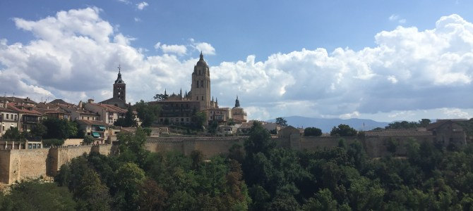'Day Tripping' Madrid to Segovia with GratitudeTipping.com