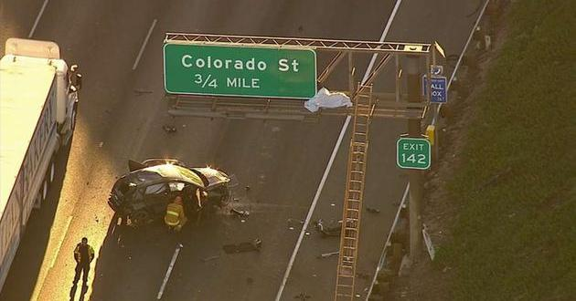 Griffith Park, California: Man Lands on a 5 Freeway Sign After Being Ejected From Vehicle in Fatal Car Crash