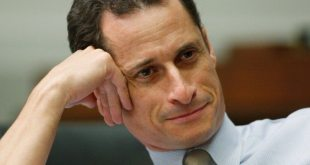Ex-Sexting Partner of Anthony Weiner Says He Continues Sexting Other Women