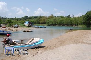 Pescadores en Playa La Boca, Puerto Chiquito