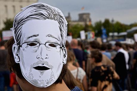 Snowden mask at the Freiheit statt Angst (Freedom not fear) march in Berlin, 30 August 2014. mw238_Flickr. Some rights reserved