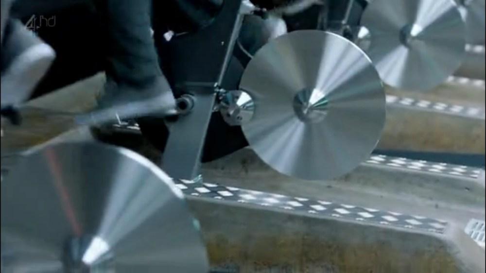 Black Mirror 01x02: 15 millones de méritos (2/6)