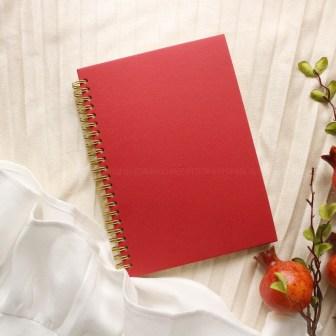 Sổ bìa trơn màu đỏ