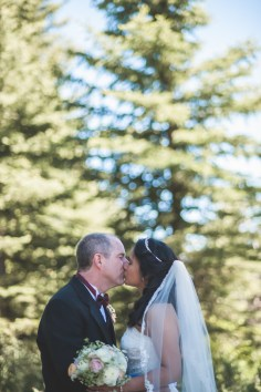 Bramblett Wedding color kiss