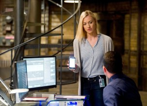 Yvonne-Strahovski-Kate-Morgan-CIA-24-Live-Another-Day-Episode-8
