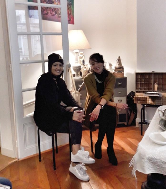Hind Ayadi et Yessa deux créatrices en pleine discussion artistique
