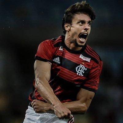 Rodrigo Caio concorre a melhor zagueiro das Américas. Já votou nele ?