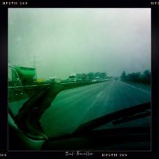 001 Stuttgart – Paris (22° bewölkt & Regen) AUFBRUCH – Durch die Abschiedstränen