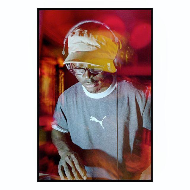 DJ Senyo at Runnin Fridays