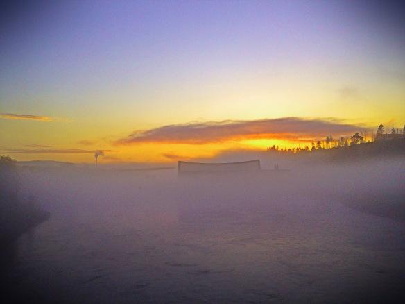 Sommarstad i dimma