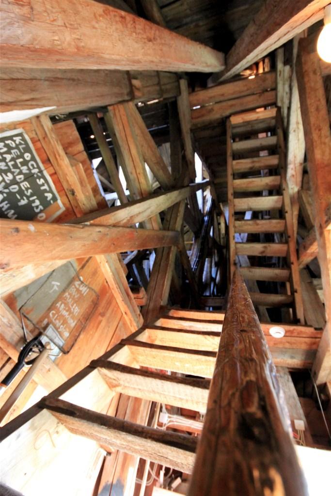 På väg upp i tornet i Sollefteå kyrka