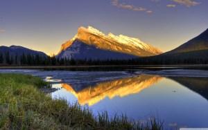 beautiful_mountain_view-wallpaper-2880x1800