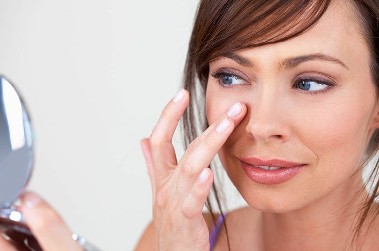 Causes Of Sagging Skin Under Eyes
