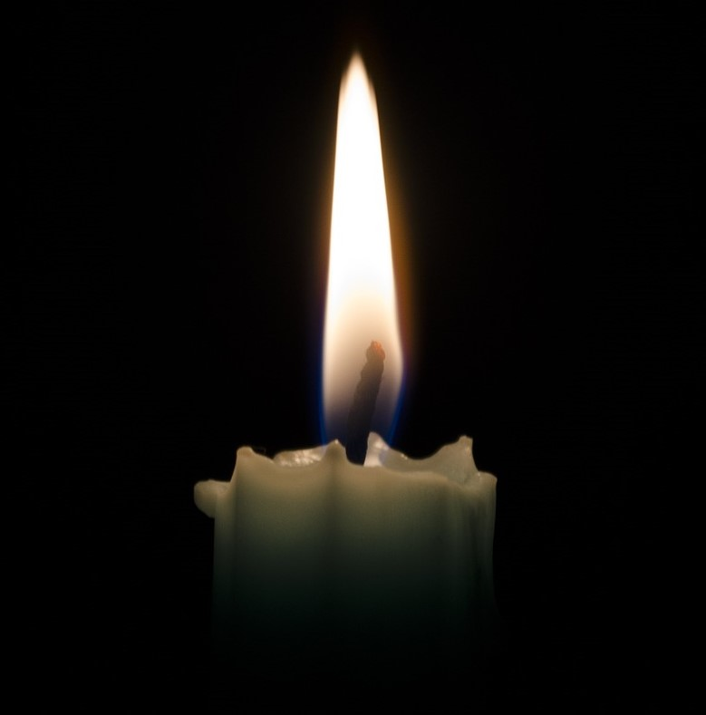 candle-1144728_1920