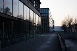 Gebäude an der Elbe