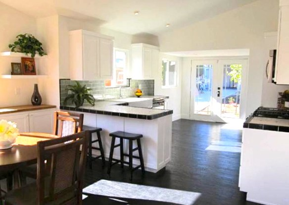 Bright and airy open floor plan with vaulted ceilings