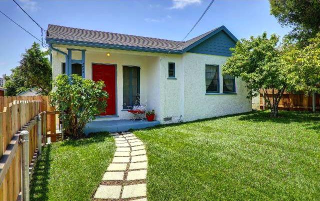 1939 California Bungalow: 3436 Bellevue Ave., Los Angeles, 90026
