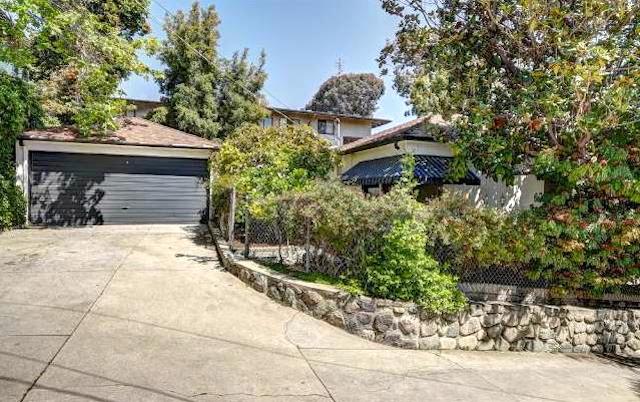 Yard and 2-car garage. Courtesy of Dave Robles – KW Los Feliz