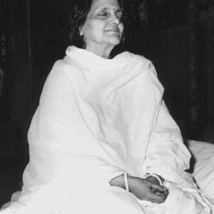 Anandamayi Ma in meditation