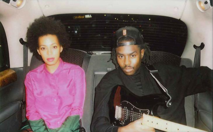 Solange-Dev-Hynes-backseat