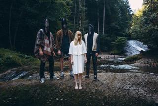 Album-Tipp: WE ARE AUST - Debütalbum zwischen Performance Arts, Mystik und Musik // 3 Videos + full Album stream