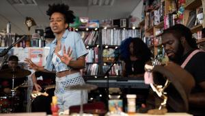 Jamila Woods: Tiny Desk Concert (Video)