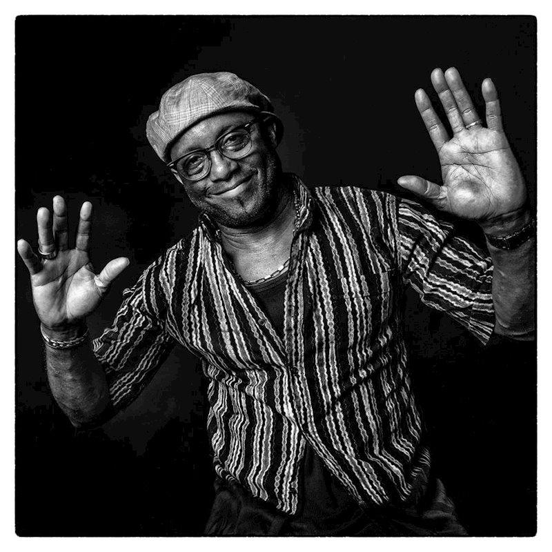 """Erstes neu aufgenommenes Album seit 30 Jahren: EDMONY KRATER mit neuem Album """"An Ka Sonjé"""" // full album stream"""