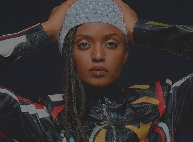 "Kelela veröffentlicht Remix-Album ""TAKE ME A_PART, THE REMIXES"" • full Album stream"