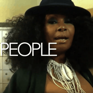 Videopremiere: VIVIAN SESSOMS - People feat. Shedrick Mitchell & Amp Fiddler