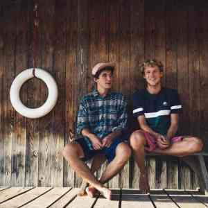 Videopremiere: Bruckner - Tischtennistage (Sprungturm Session) // + Tourdaten