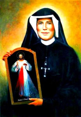 Faustina holding an image of the Divine Mercy