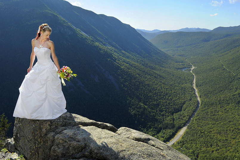cliff-bride-view_3528026k