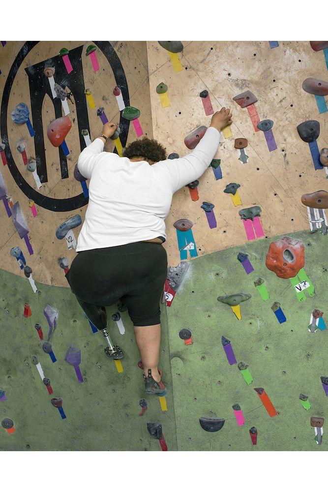 Только после того как Карима потеряла ногу из-за рака, она решила попробовать скалодром