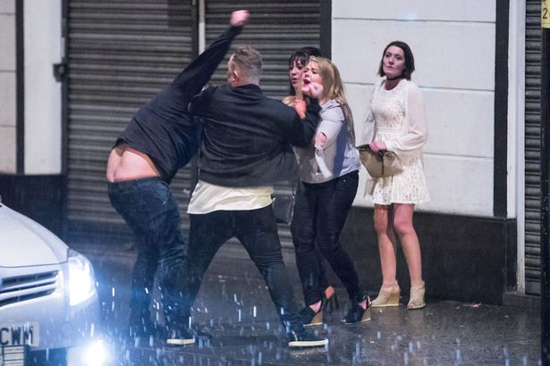 pay-new-years-eve-fight-1