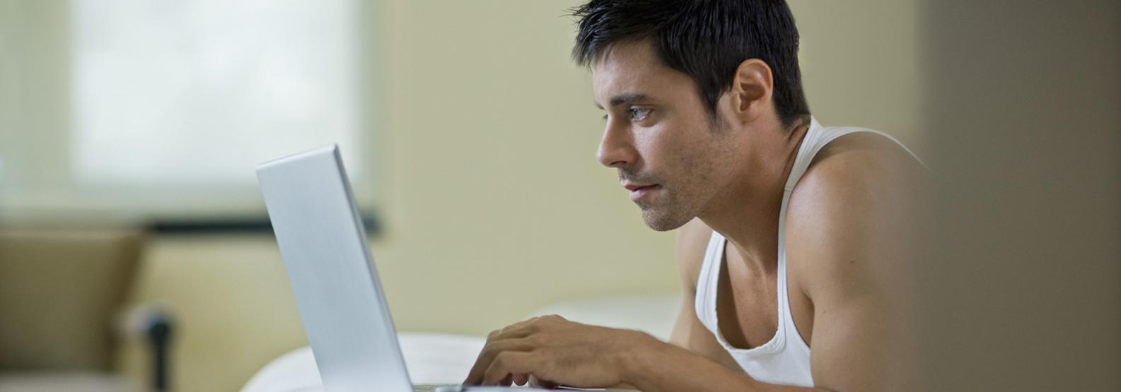 Нове дослідження виявило несподіваний вплив порно на чоловіків