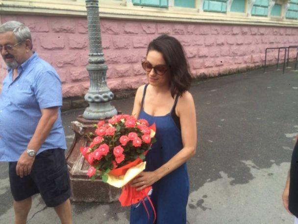 Мила Кунис и Эштон Катчер посетили родной город актрисы Черновцы — фото