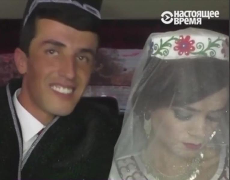 Президент Таджикистана насильно поженил незнакомых людей — фото