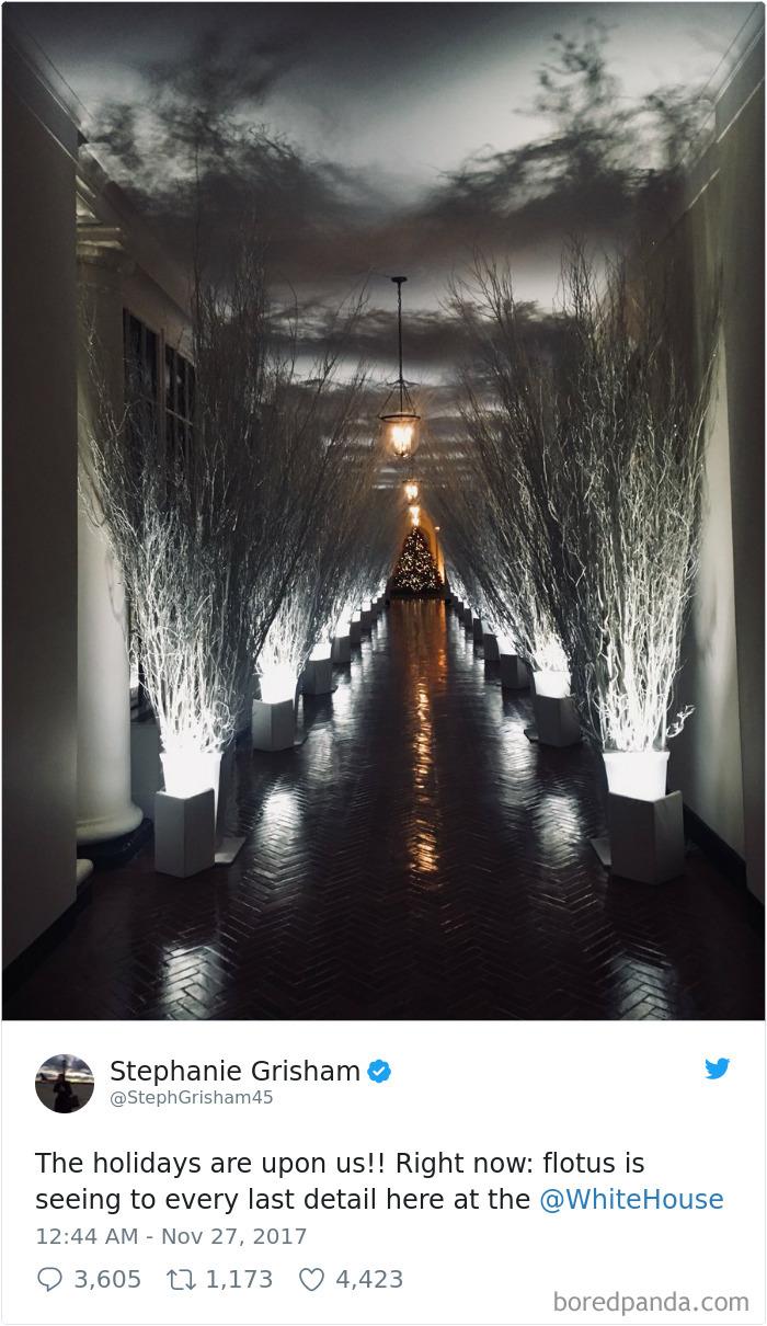 Сеть взорвали жуткие новогодние декорации Мелании Трамп в Белом доме — фотожабы