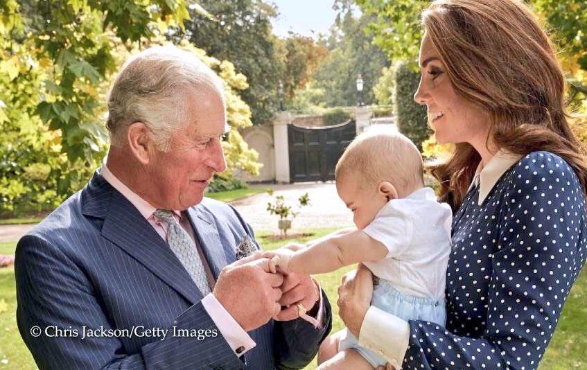 Опубликовано долгожданное ФОТО подросшего принца Луи и Кейт Миддлтон