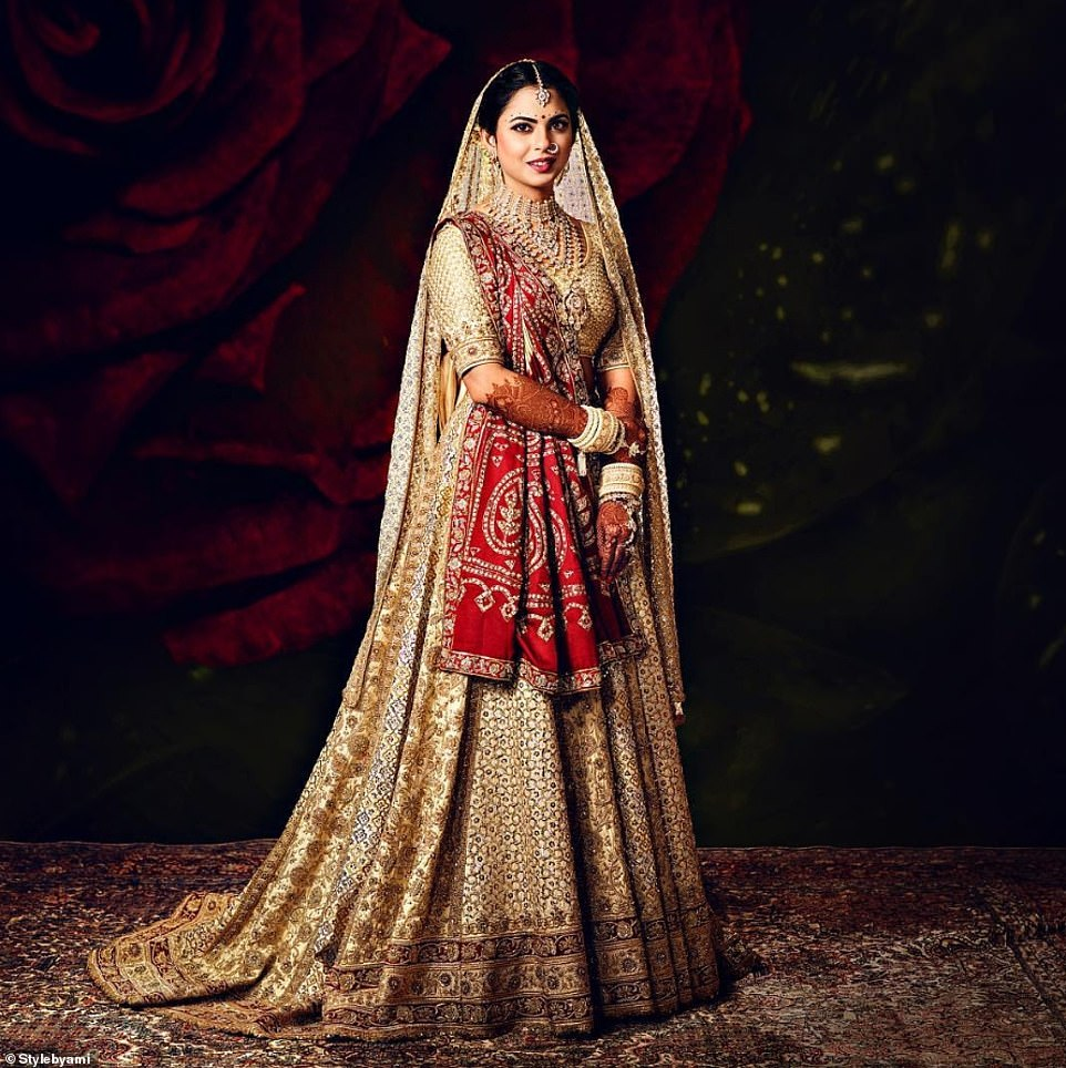 Как прошла свадьба дочери самого богатого человека Индии — фото