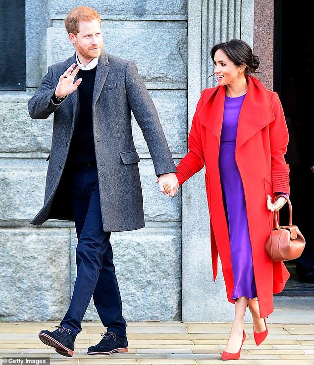 Меган Маркл раскрыла срок беременности, а принц Гарри проявил себя как альфа-отец