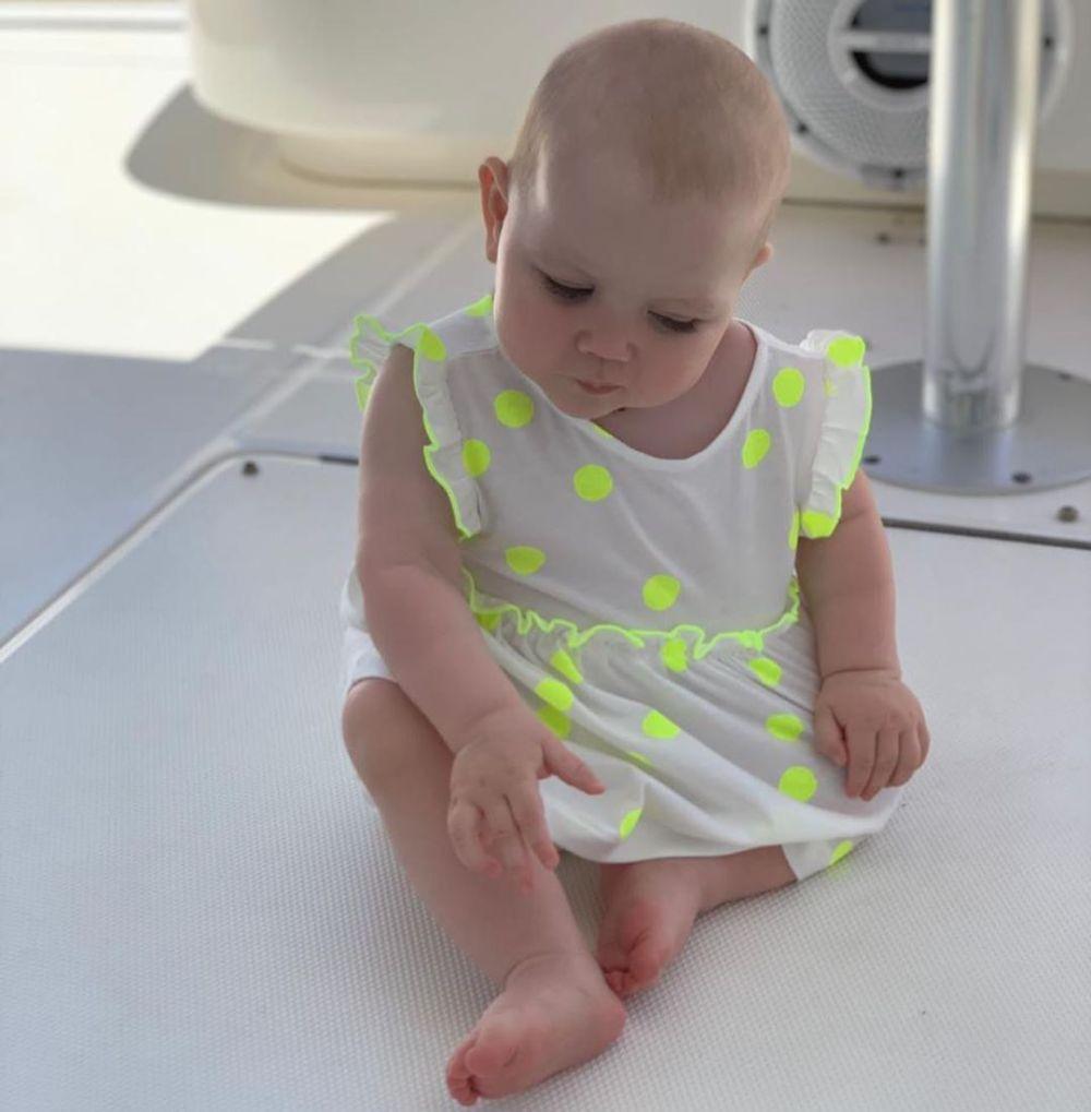 Лера Кудрявцева впервые дала рассмотреть маленькую дочку