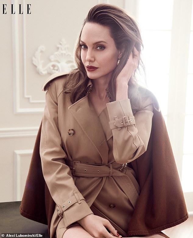 Джоли объяснила, почему воспитывает дочерей «злыми женщинами»