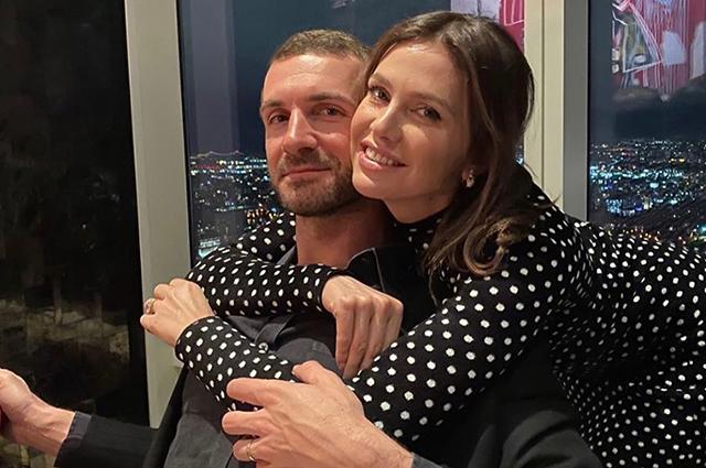 Даша Жукова впервые показала фото со свадьбы с греческим миллиардером