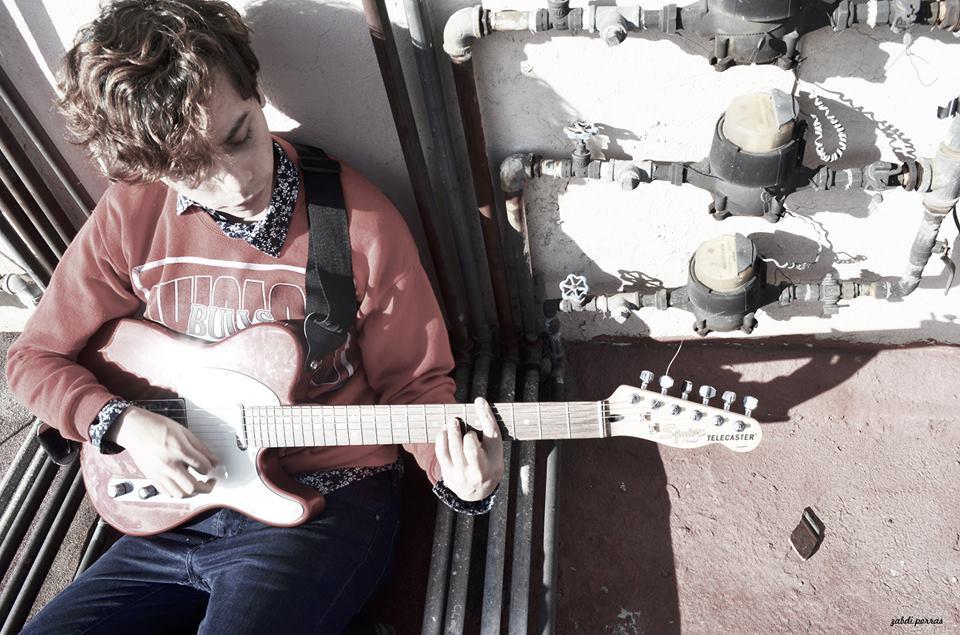 Alain Rayas comparte sus sentimientos 'Irreales' a través de su nuevo álbum