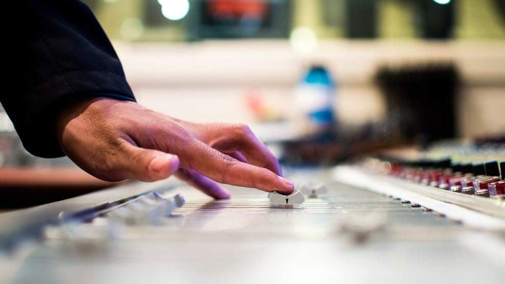 Mix desk