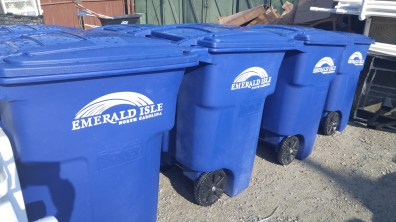 Emerald Isle recycling bins