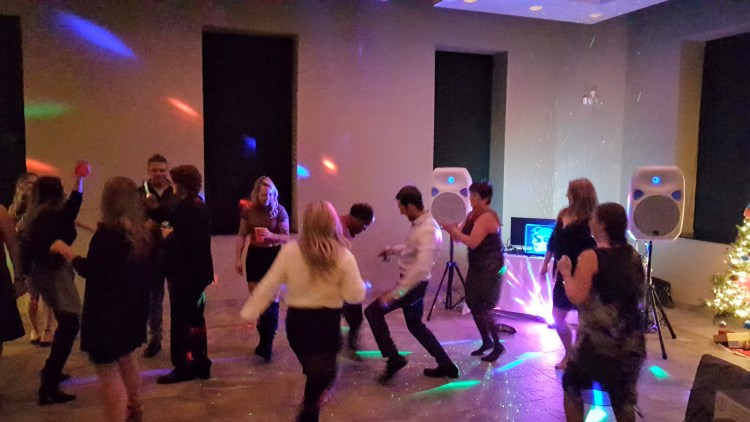 Sierra_Construction_xmas-dance_2019-Sound Dynamix DJ Services photo