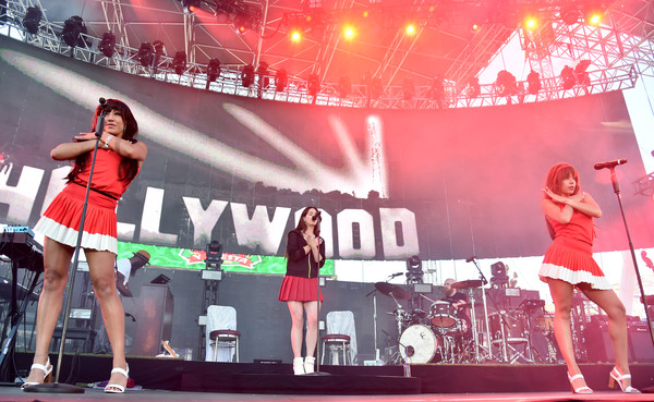 Lana+Del+Rey+KROQ+Weenie+Roast+y+Fiesta+2017+w7rJM8KKFJFl