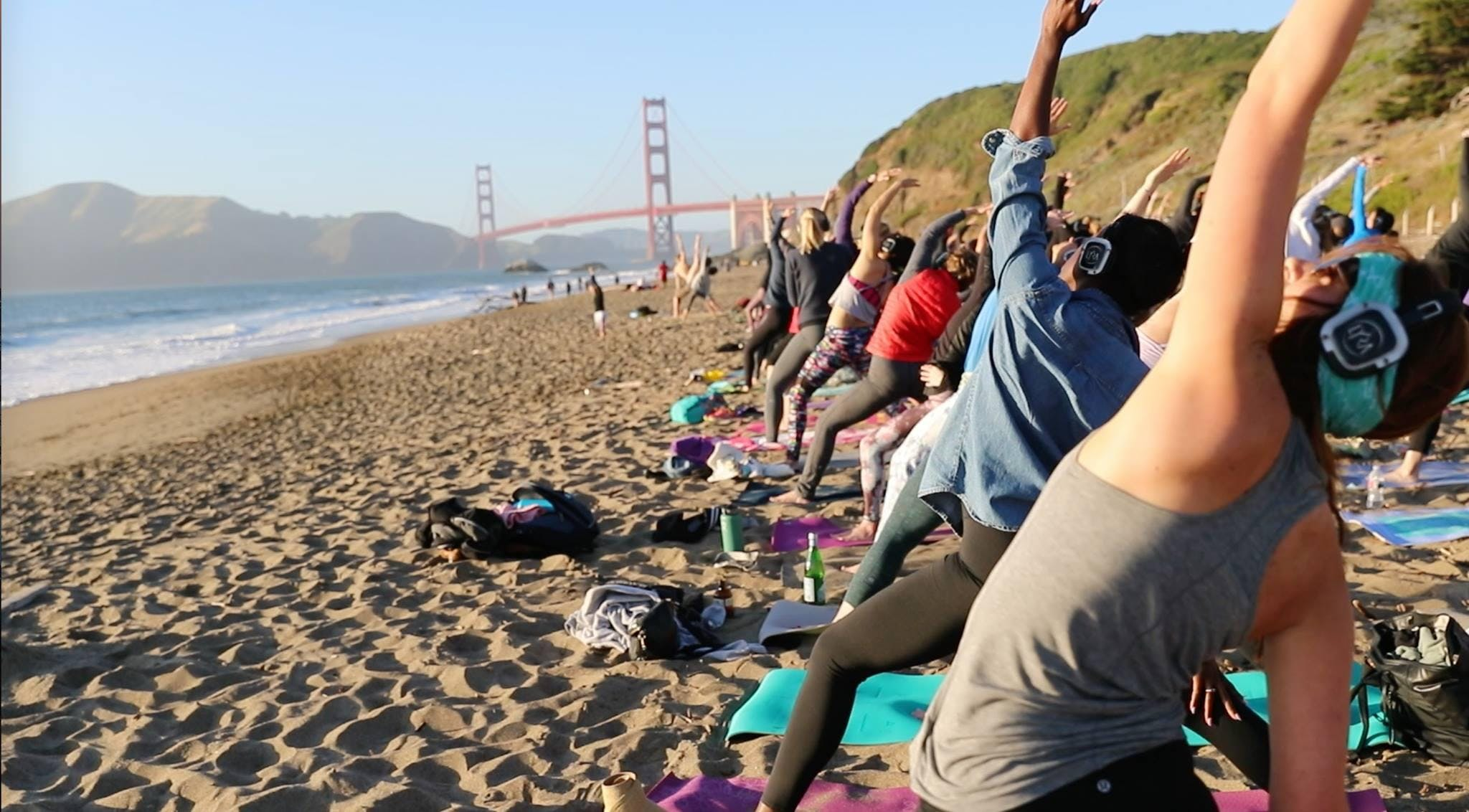 Saturday Groove : Beach Yoga with Sarah Allison!